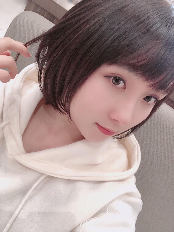 http://www.mybitchisajunky.com/whg/picture/o1080144014710353949_5e403ad4d170c.jpg